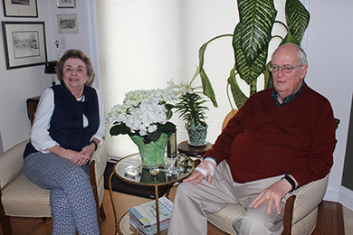 Alumni couple Marv and Mary Farwell