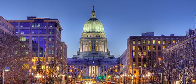 Picture of the state capitol in Madison, Wisconsin