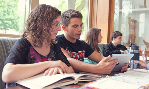 students studying in coffee shop